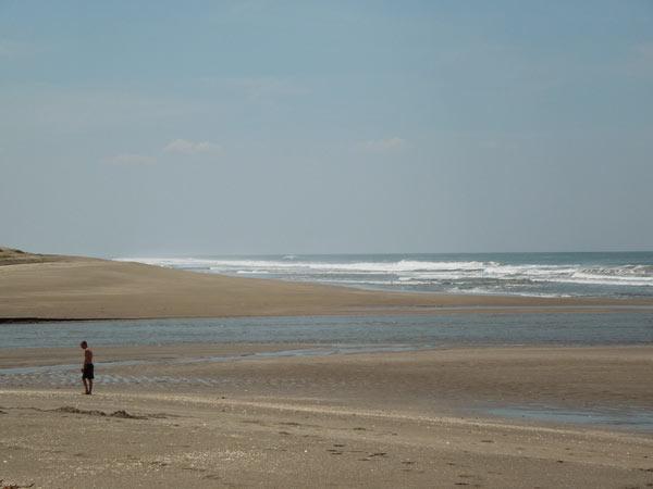 ポネロヤ海岸へ